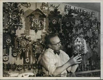 1955 Press Photo Watchmaker Emil Kronenberger with his Cuckoo Clock Collection