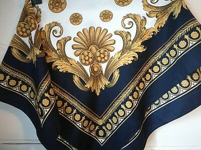 VINTAGE SQUARE SCARF HEADSCARF BAROQUE FLORAL SCROLLS 72 x 72 cm VERSACE-STYLE