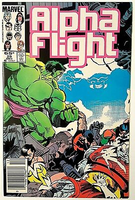 (NM) ALPHA FLIGHT, Vol. 1 #29 (1985)! The HULK vs Alpha Flight! Beautiful Issue!
