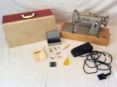 Vintage PFAFF 16 Sewing Machine - Working with Instructions & Key (Dated: 1911)