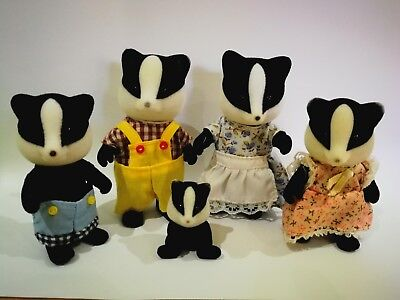 Sylvanian Families - Badger Family With Baby
