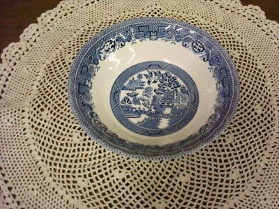"""Myott Meakin England Blue Willow 6 1/2"""" Soup/Cereal Bowl"""