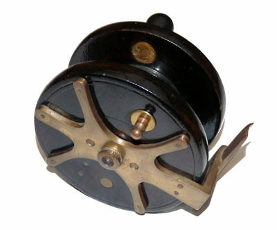 """vintage 5"""" wood and brass frog back sea fishing reel with slater latch"""