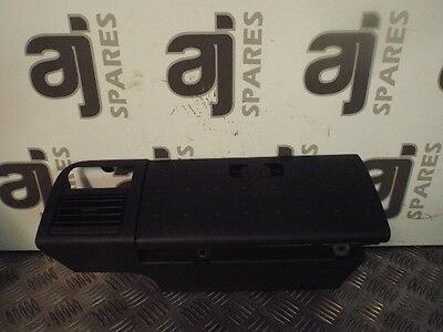 Nissan Cube 16V 1.4 2006 Passenger Side Front Top Glove Box And Air Vent