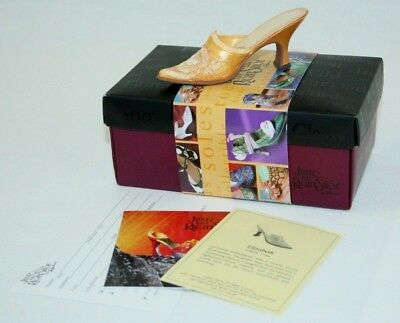 RAINE JUST THE RIGHT SHOE 25128 ELIZABETH WITH BOX and COA