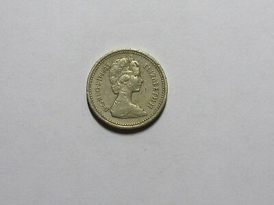 Old Great Britain Coin - 1983 One Pound - Circulated