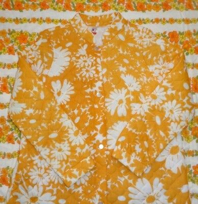 Vintage Yellow Quilted Dressing Gown Embassy size 18 Robe Retro Flower Power