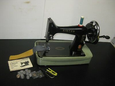 Vintage Singer Model 99 Cast Iron Hand Turn Or Crank Sewing Machine