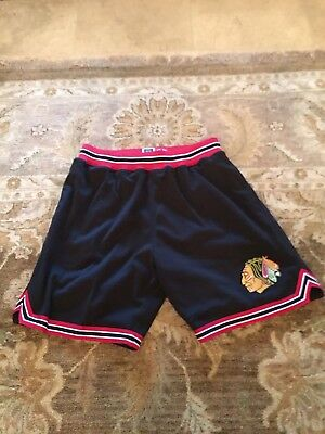 Chicago Blackhawks Vintage Mitchell and Ness Shorts(NHL)