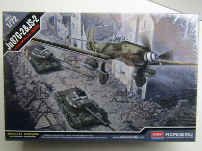 Academy 1:72 ScaleJu87G-2 Stuka & JS-2 Tank Special Ed. Model Kit - New # 12539