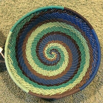 Shadow, LIght & Life Swirl Handmade African Zulu Telephone Wire Basket/Bowl SM