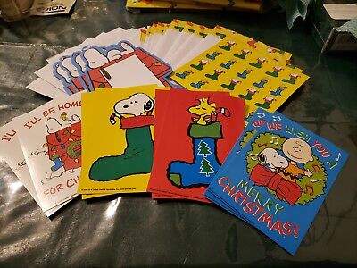 Peanuts Snoopy Christmas Stationary Paper Envelopes Stickers Cards Gift Set