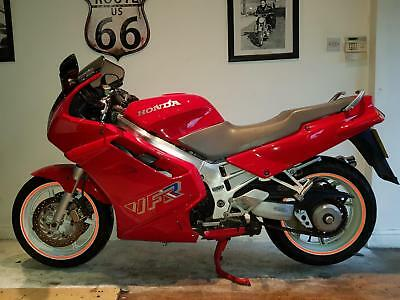 Honda VFR 750F-L Collectable Motorcycle/Motorbike