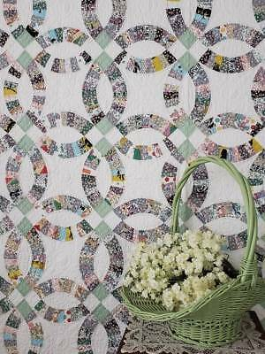 GIFT QUALITY Vintage Green & White Wedding Ring QUILT Novelty Prints 89x76