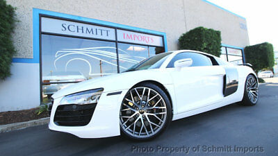 2014 Audi R8 Coupe Automatic Quattro V8, only 18762 miles! 2014 Audi R8 Coupe Quattro, V8, ext. carbon fiber package, Flawless!