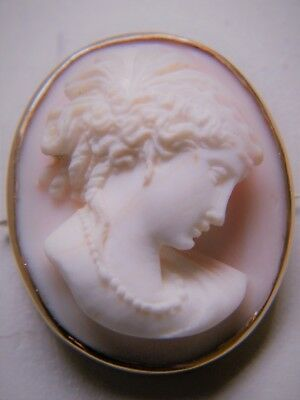 Gorgeous Antique Victorian 14 Kt Gold Cameo Brooch Great Detailed Carved