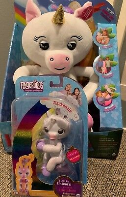 2018 Fingerling Hugs Gigi unicorn and Fingerlings Mackenzie Unicorn Lot