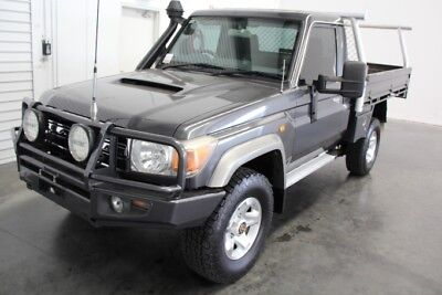 Landcruiser GXL VDJ79 V8 Ute 2011 with Steel tray and ladders