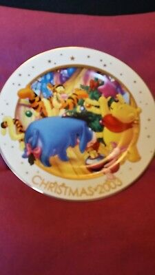 Disney christmas 2003 boxed with plate stand