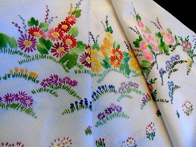 Very Pretty,Vintage,Hand Embroidered Linen Tablecloth,Cottage Garden Flowers GC