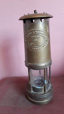 E. THOMAS & WILLIAMS LTD Cambrian No.81027 Vintage Brass Miners Safety Lamp 1981