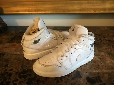 bc76eef5c66 Kid s Nike Air Jordan 1 Mid Athletic Boy s Size 13C White Leather  640734 -102