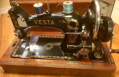 """Very nice """"Vesta"""" hand-cranked sewing machine & lid, made in Germany 1930s."""