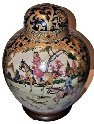 antique Chinese vase decorated with Europeans hunting scences, red mark @ bottom