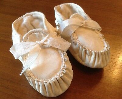 Vintage 1960s Size 0 Kid Leather Baby's Bootees - Immaculate Condition