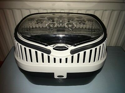 small pet carrier, ideal for guinea pigs, pets at home, good condition.