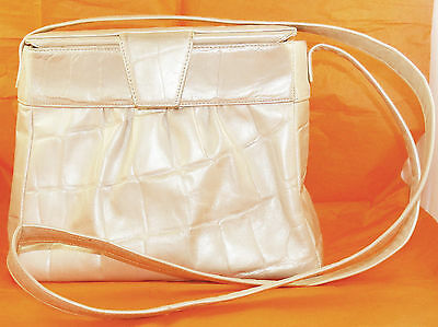 3371dcda76b1 Vintage 1960s SUSAN GAIL Pearl White Leather Shoulder Bag Cross Body Box  Handbag