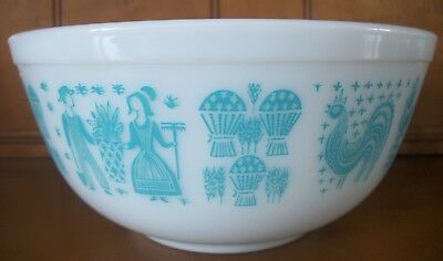 Vintage Pyrex Amish Butterprint Rooster Turquoise  403 2 1/2 Qt. Mixing Bowl