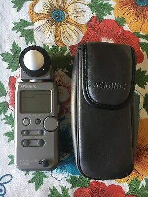 Sekonic Flash Master L-358 Flash and Ambient Meter with soft case