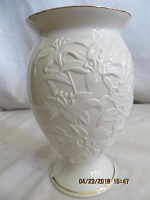 Lenox Vase TIGER LILY Pattern, Ivory Porcelain China Footed  Large, W/Gold Trim