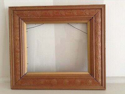 Antique Carved Solid Timber Photo/picture Frame With Gold Trim.