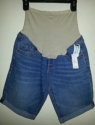 Old Navy Maternity Full-Panel Denim Bermuda Shorts Size 2 Reg, NWT