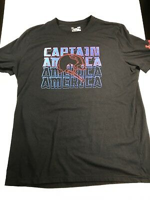 EUC- Under Armour UA Mens Large Loose Heat Gear Captain America Graphic T Shirt