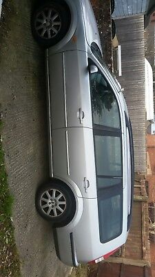 ford mondeo estate petrol 2002