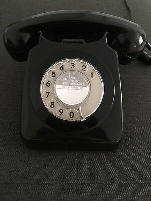 Retro Vintage Style Desk Phone - Working Rotary Dial - Black.