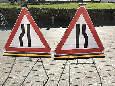 Roll Up Road Traffic Management Signs - 1 Left & 1 Right Road Narrows & Stands