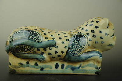 Chinese old handmade hand-painted cat statue blue and white porcelain pillow