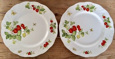 Lot Of 2 Queens Virginia Strawberry Dinner Plates