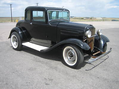 1932 Ford Model B  1932 FORD 5 WINDOW COUPE-SURVIVOR