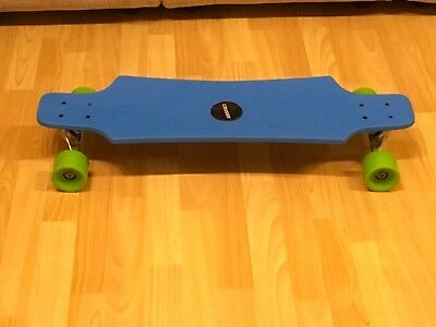 skate board cruiser 76cm long board great fun only been use twice good condition