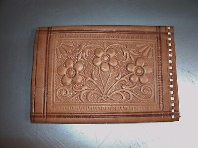 Vintage Tooled Genuine Leather bi-fold wallet flowers stitch edge compartment