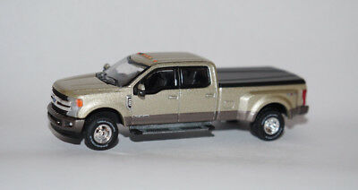 2018 Ford F-350 King Ranch Dually Truck 1/64 Scale Diecast Model Dcp Greenlight