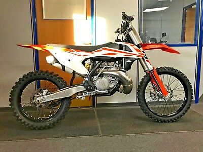 KTM SX 250, 2017, very low hours, vgc, px and finance @ Fast Eddy