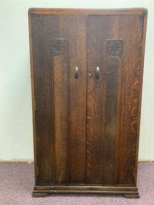 A Stunning Golden Oak Carved 2 Door Cottage Style Wardrobe - Art-Deco 1920s Pt1