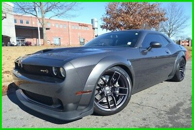 2018 Dodge Challenger SRT HELLCAT WIDEBODY MANUAL $74,130 MSRP WE FINANCE! 6.2L 6-SPEED 25Z PKG WIDEBODY RED SEAT BELT GUNMETAL BRAKE CALIPERS SHOWROOM NEW