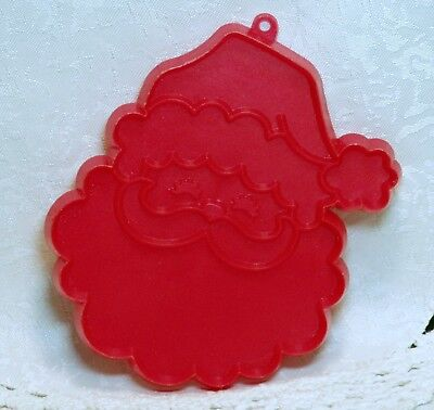 Hallmark Vintage Plastic Cookie Cutter - Santa Face Twinkle Eyes Christmas Eve